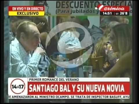 Santiago Bal se mostró con su novia de 28 años