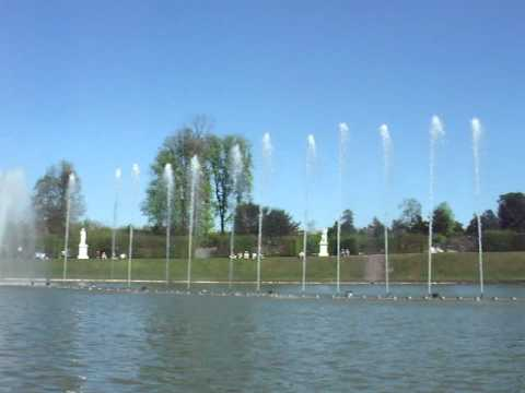 Versailles music fountain