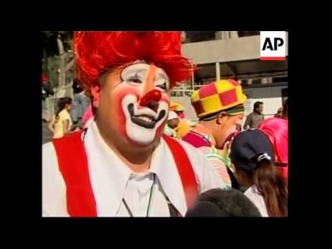 Annual pilgrimage of 200 clowns to the basilica of Guadalupe