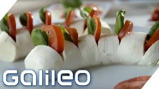 Original italienisch oder Massenproduktion? So entsteht Mozzarella | Galileo | ProSieben