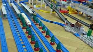 プラレール Tomy/Plarail: 30 trains on the 2015 Czech exhibition layout [HD] thumbnail