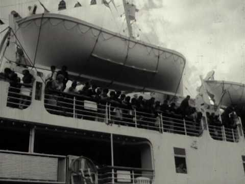 Tony Agapitos Home Movies: Arrival of Greek ship 'Patris' at Victoria Dock 1961