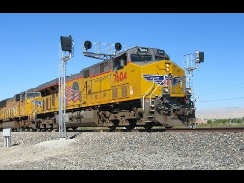Railfanning Union Pacific's Sunset Route - Last Days of the Searchlight Signals