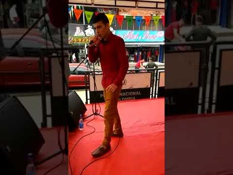 Juan Benavides en vivo
