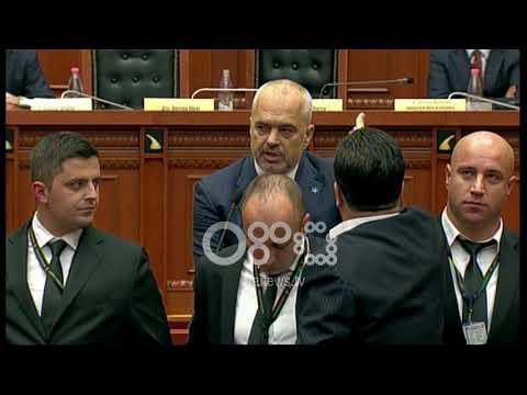 Ora News- Tension në Kuvend, Rama e quan llaxore Berishën, Ruçi përjashton Nokën
