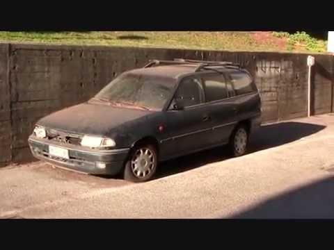 Casalpalocco i parcheggi abbandonati al Centro commerciale Le ...
