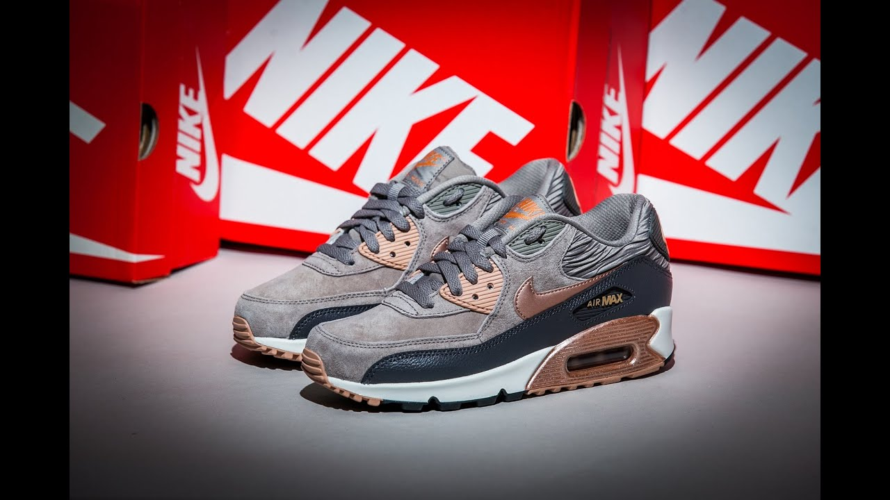 the latest d81ca 719aa Nike Air Max 90 Leather Iron Metallic Red Bronze Sail