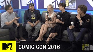 Eddie Redmayne & Fantastic Beasts Cast Lead a Wand Workshop  | Comic Con 2016 | MTV