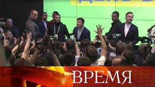Победа нокаутом: Петр Порошенко проиграл Владимиру Зеленскому с разгромным счетом.