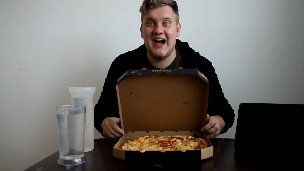 Video Nejrychleji snězená pizza 33 cm