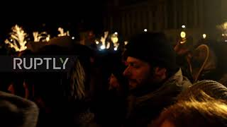 Hungary: Protests hit Hungarian Parliament over