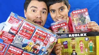 BUYING ALL ROBLOX TOYS IN WALMART!! *$500+ UNBOXING!*