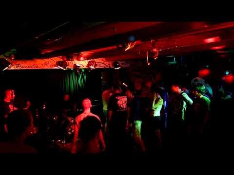 Kingdom - Fire Born + Hollow Bones (live Sunny Red Munich 29.07.2009)