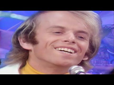 """The Beach Boys """"Good Vibrations"""" on The Ed Sullivan Show"""