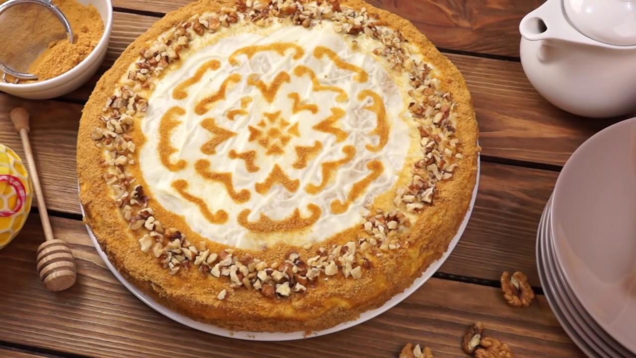 Торт Медовик со сметанным кремом — рецепт в домашних ...