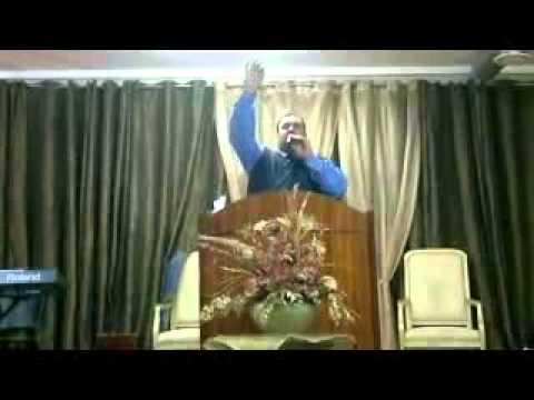 Pregando na Igreja Vila nova de Gaia Filadelfia  Pr.Gerson