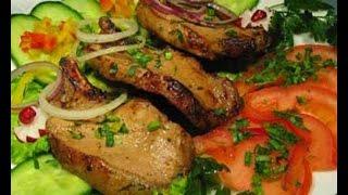 Стейк с корейки в собственном соку(Множество рецептов стейка из свинины на сковороде предполагают сложные маринады, заправки и соусы, которые..., 2015-04-22T09:12:11.000Z)