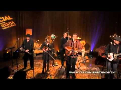 Alison Krauss and Union Station - Dust Bowl Children [Live].wmv