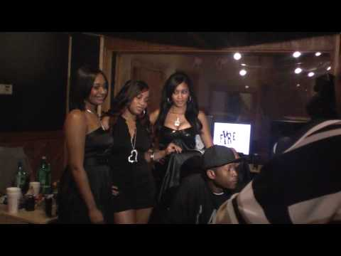 Producer Cy Fyre Doing A Photo Shoot For Juiced Up Energy Drink