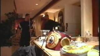 "Naseem Hamed vs Barrera  Documentary  (""Little Prince - Big Fight"")"