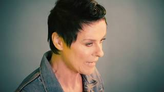 """Lisa Stansfield """"Deeper"""" Track-by-Track: """"Billionaire"""""""