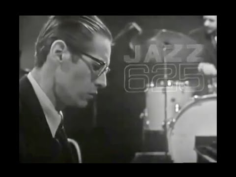 Bill Evans Trio on Jazz 625 (1965 Live Video)