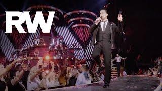 Robbie Williams   Sensational   Swings Both Ways Live