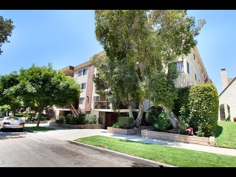 Rachael Osgood and Mary Nelson present a 2 bedroom Burbank condo