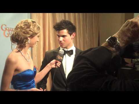 Golden Globes Backstage: Taylor Lautner | Taryn Southern