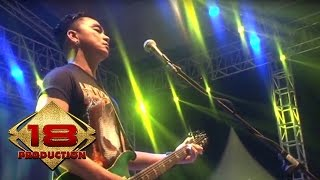 Video Ungu - Luka Disini | Hampa Hatiku  (Live Konser Cirebon 20 Mei 2015) download MP3, 3GP, MP4, WEBM, AVI, FLV Desember 2017