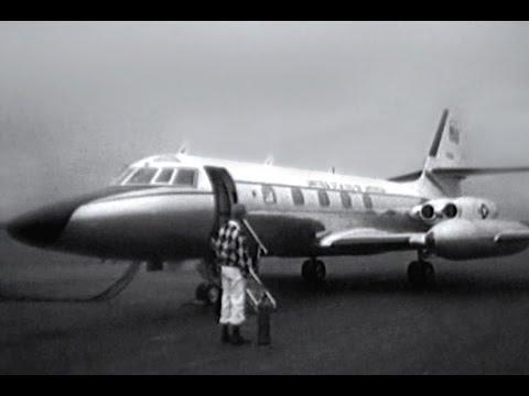 "Lockheed C-140B Jetstar - ""Arrival & Take-off"" - 1965"
