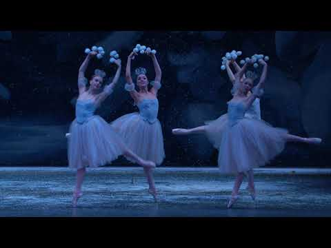 George Balanchine's The Nutcracker - Waltz of the Snowflakes