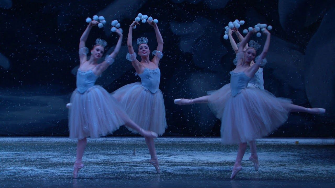 George Balanchine S The Nutcracker Waltz Of The Snowflakes Youtube