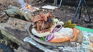 Bushcraft campfire cooking Messy burger