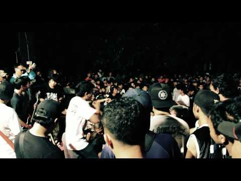 FINAL ATTACK - CANT BREAKAWAY live at yogyakarta hardcore fest