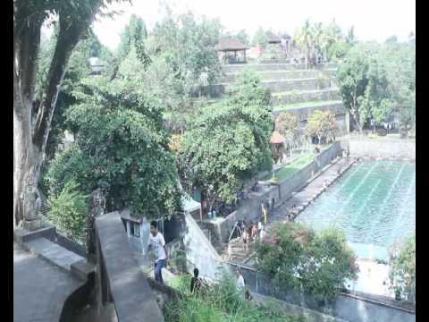 Wisata Taman Narmada