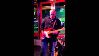 Stratoblasters live in McKinney Texas, Jimmy Wallace playing a 50s ...