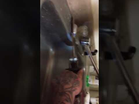 how-to-remove-a-kitchen-sink-faucet-that-is-stuck