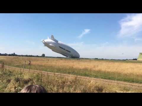 Verdens største luftfartøj styrtede under prøveflyvning - DR Nyheder