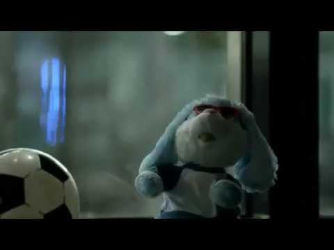 Nissan JUKE UK Advert  Full Version with Twinkle Twinkle soundtrack  Fredrika Stahl