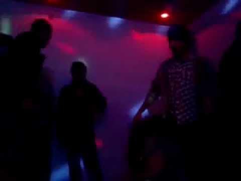 dance party at back street cafe jhelum