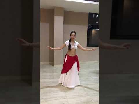 Belly Dance || Dum Lgake Haisha || Prems Theme- Nickita Kumar Choreography