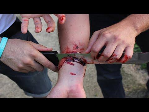 Super Culonas - De carácter TREMENDO from YouTube · Duration:  4 minutes 12 seconds