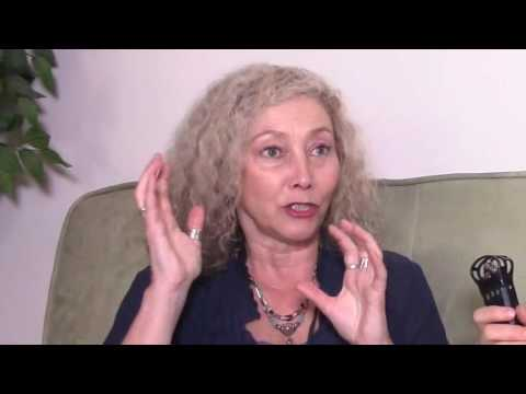MIRACLES IN HYPNOSIS Best Selling Author Cindy Stone Shares Her Miracles & The Creativity Myth