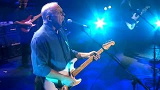 "Download David Gilmour  "" Guitarist Extraordinaire "" Mp3 and Videos"