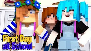 MY FIRST DAY IN A NEW SCHOOL | Minecraft My New Life #5 w/Little Carly.