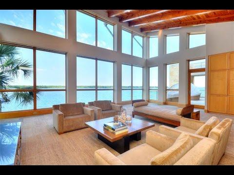Contemporary Lake House in Horseshoe Bay, Texas