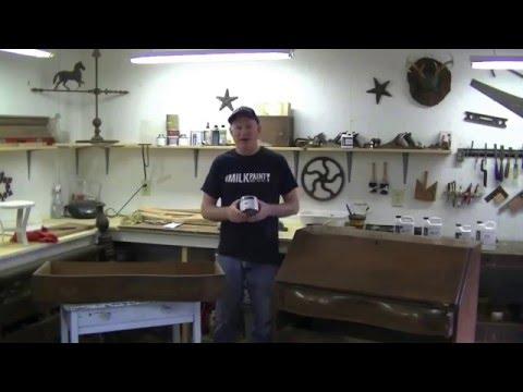 How to Use Carnauba Wax on Furniture