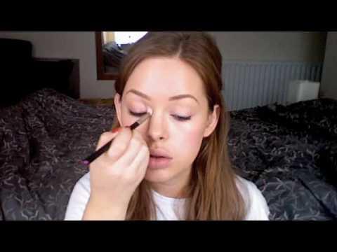 Emma Watson Make-up Tutorial - YouTube  Emma Watson Mak...