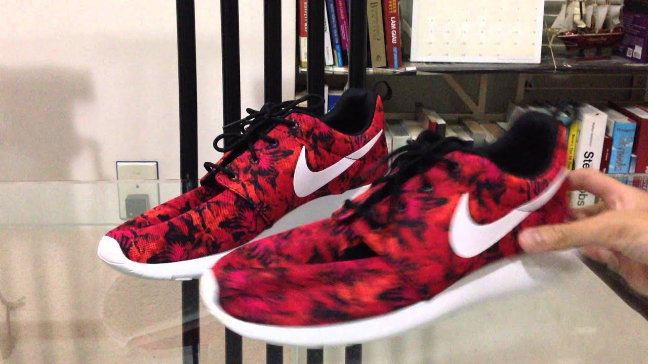 nike roshe run sneaker gym red deep burgundy flowers